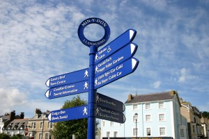 llandudno_fingerpost_signs_by_leander_architectural