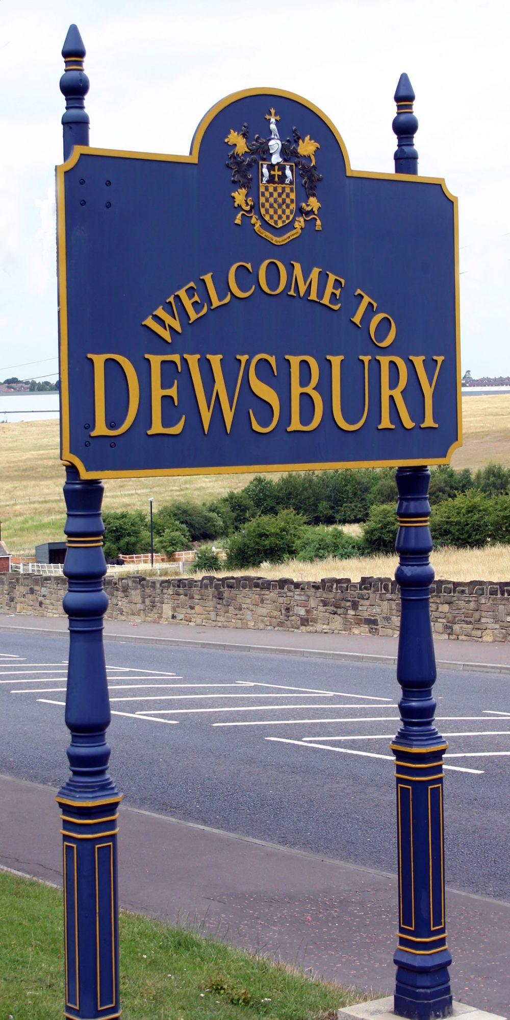 SignsDewsburyTown